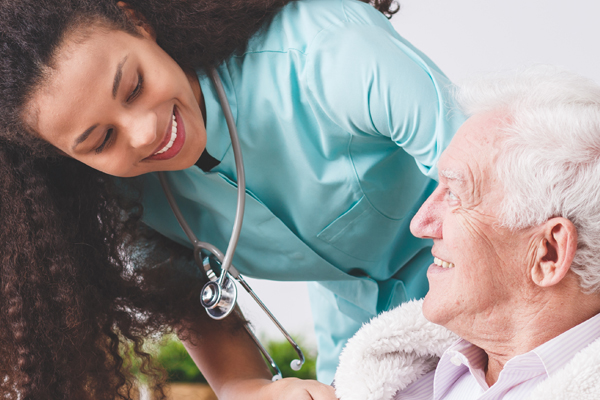 Home Health Care vs In-Home Care: Which is right for your loved one?